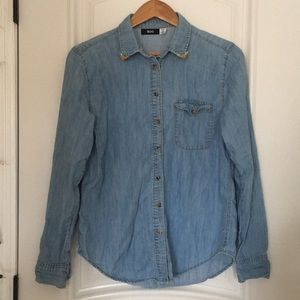 Urban Outfitters jean button up long sleeves